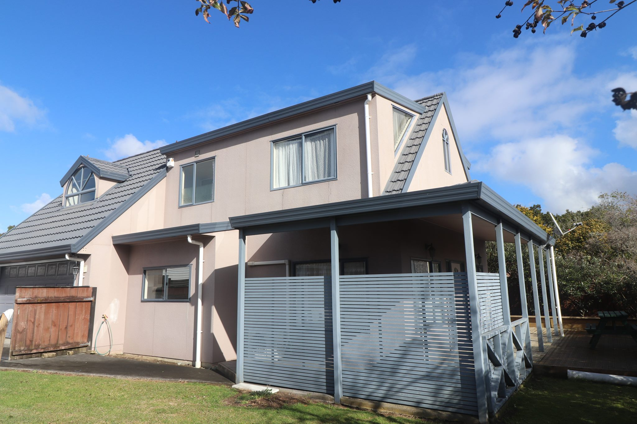 Te Atatu South, 3 bedrooms